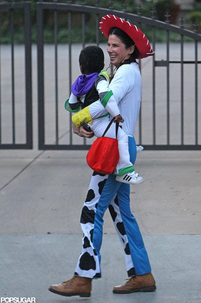 Sandra Bullock gave Louis a lift to the car.