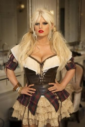 Jessica Simpson posed solo to show off her elaborate costume. Source: Twitter user JessicaSimpson