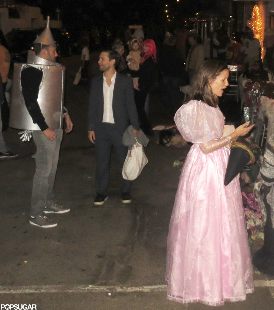 The Garner-Afflecks Do Wizard of Oz For Their Malibu Halloween