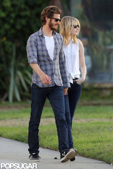 Emma Stone and Andrew Garfield Go On A Star Cemetery Tour!