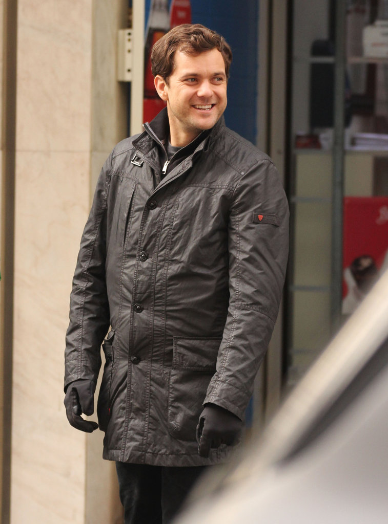 Joshua Jackson was all smiles on set.