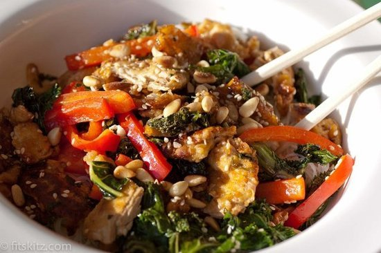 Kale and Brown Rice Noodle Bowl