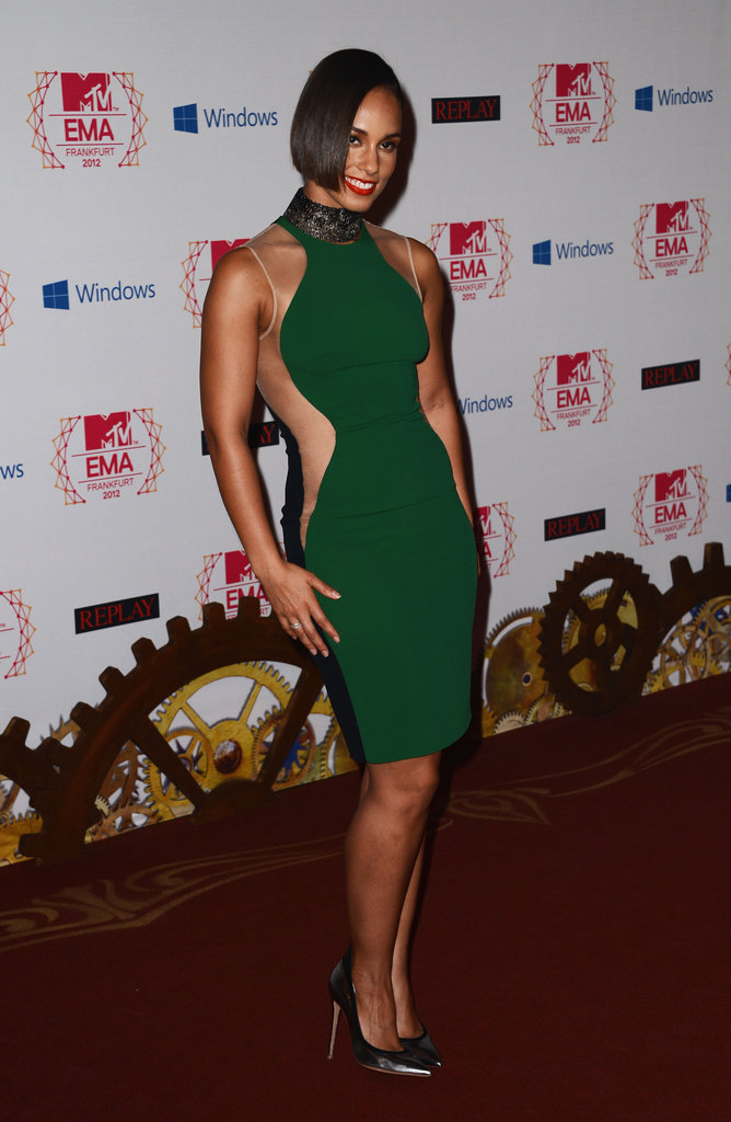 Alicia Keys posed for photos at the MTV EMAs.
