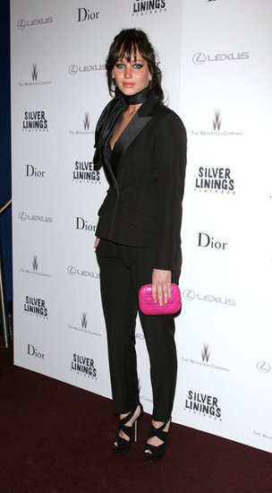 Jennifer Lawrence carried a pink clutch to the NYC screening of Silver Linings Playbook.