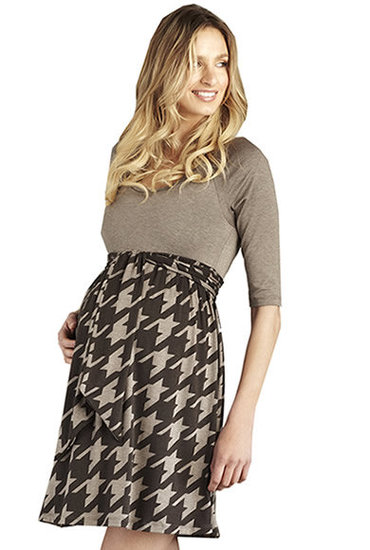 For Brunch With the In-Laws: Maternal America Houndstooth Scoop Dress