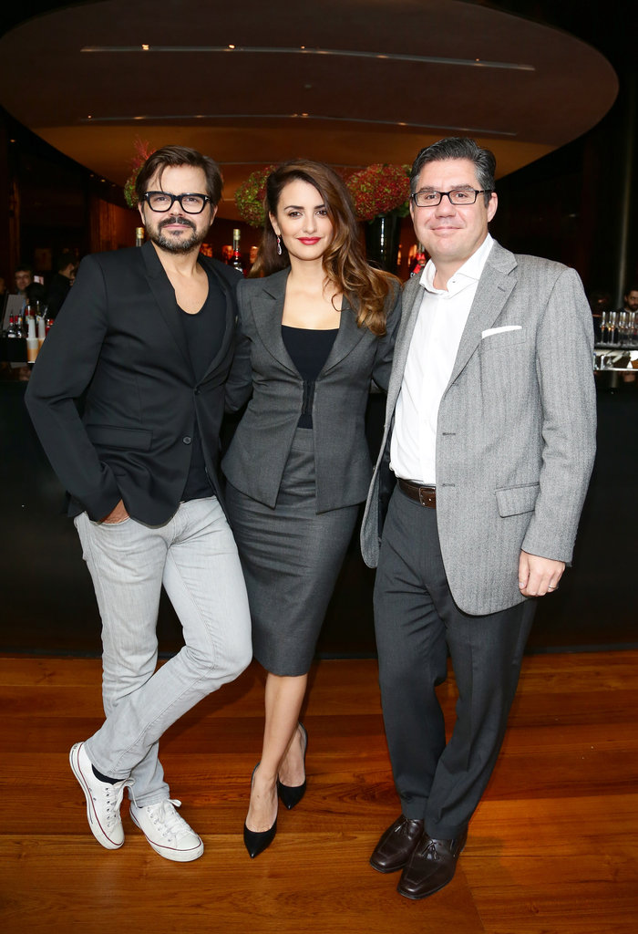 Penelope Cruz got together with Bob Kunze-Concewitz and Kristian Schuller to unveil her Campari calendar.