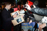 Kristen Shows Skin at Twilight's UK Premiere With Rob and Taylor