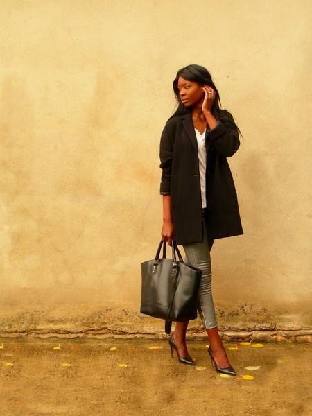 http://stylesbyassitan.blogspot.fr/2012/11/manteaux-oversize-obsession.html