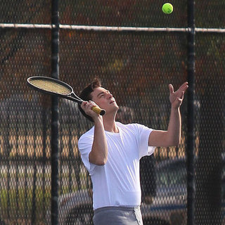 Leonardo DiCaprio Playing Tennis on Set in NYC | Pictures