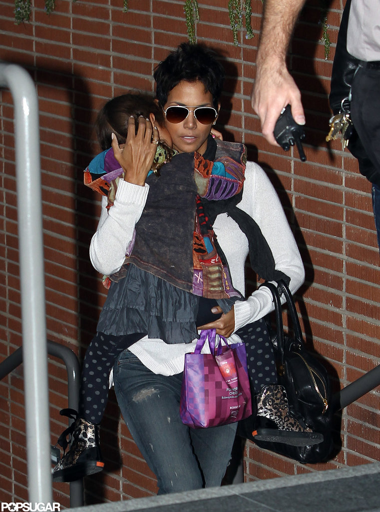 Halle Berry held Nahla Aubry close to her.