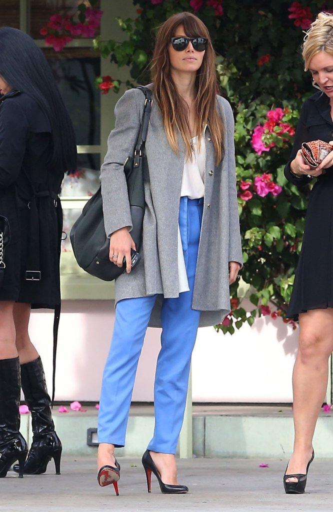 Jessica Biel did casual chic just right with easy trousers, heels, and a classic coat.