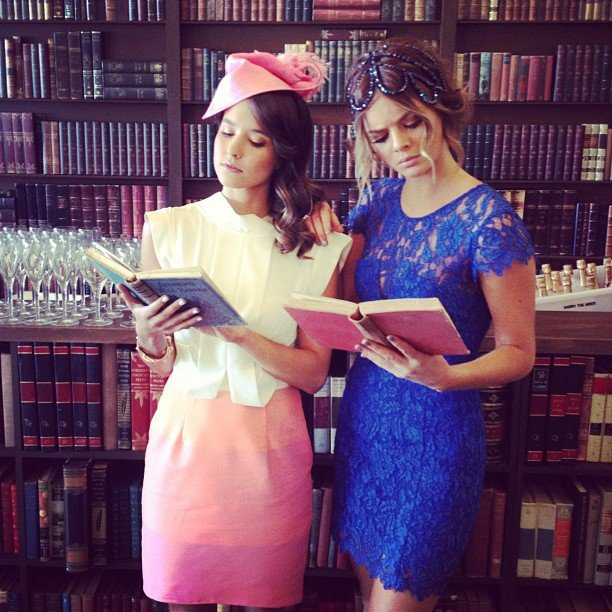 Rhiannon Fish and Samara Weaving encouraged people to do more reading when they attended Stakes Day. Source: Instagram user samweaving