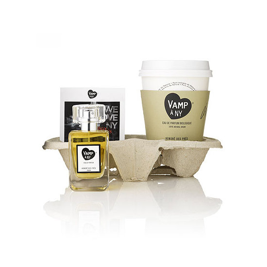 Organic fragrance brand Honoré des Prés honors NY in the Vamp à NY ($98) set. It comes with a fragrance-filled with rum, tuberose, and vanilla notes, and there's even a postcard and unique coffee cup included (for your real rum-spiked coffee drinks).