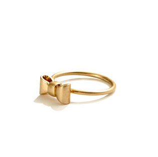 Give your outfit a cheeky holiday accent with this Madewell Mini-Bow Ring ($15).