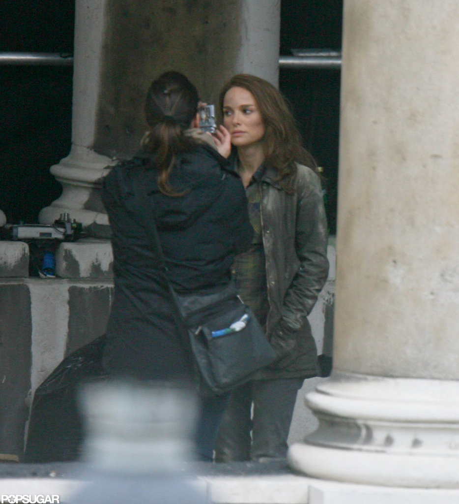 Natalie Portman Gets Down and Dirty on the Set of Thor's Sequel