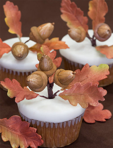 Apple Cider Cupcakes with Acorns and Oak Leaves