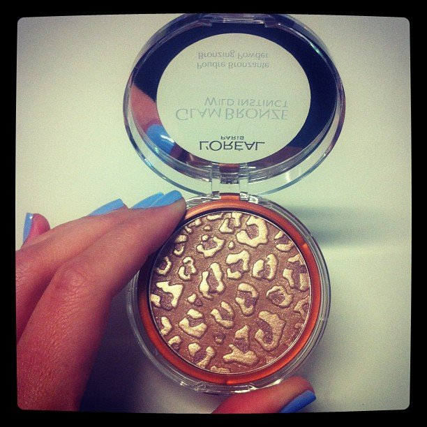 Excuse us, L'Oreal Paris Glam Bronze Wild Instinct. Kindly get on our cheeks this instant.