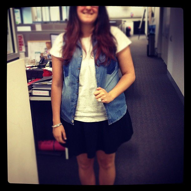 Gen was snapped wearing her Zara denim vest, Topshop marle tee and five-years-old H&M skirt.