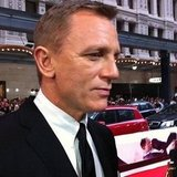 This is how close Jess got to James Bond, aka Daniel Craig. Swooon.