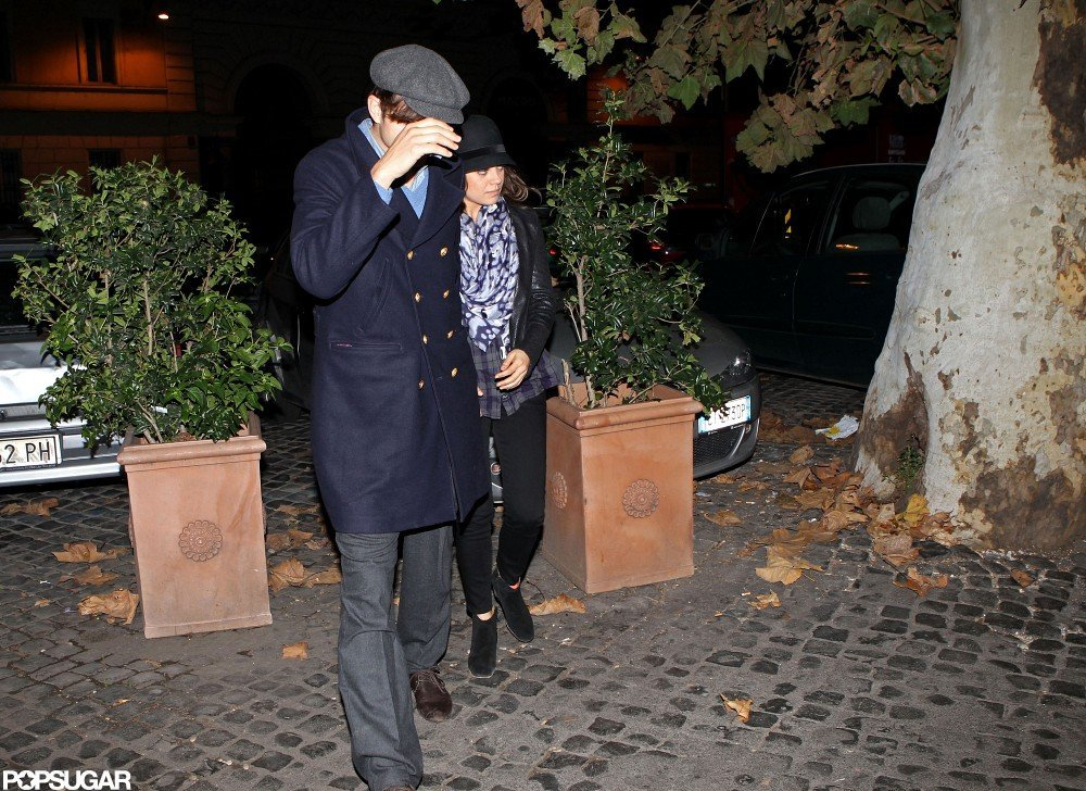 Ashton Kutcher and Mila Kunis dined in the Trastevere neighborhood in Rome.
