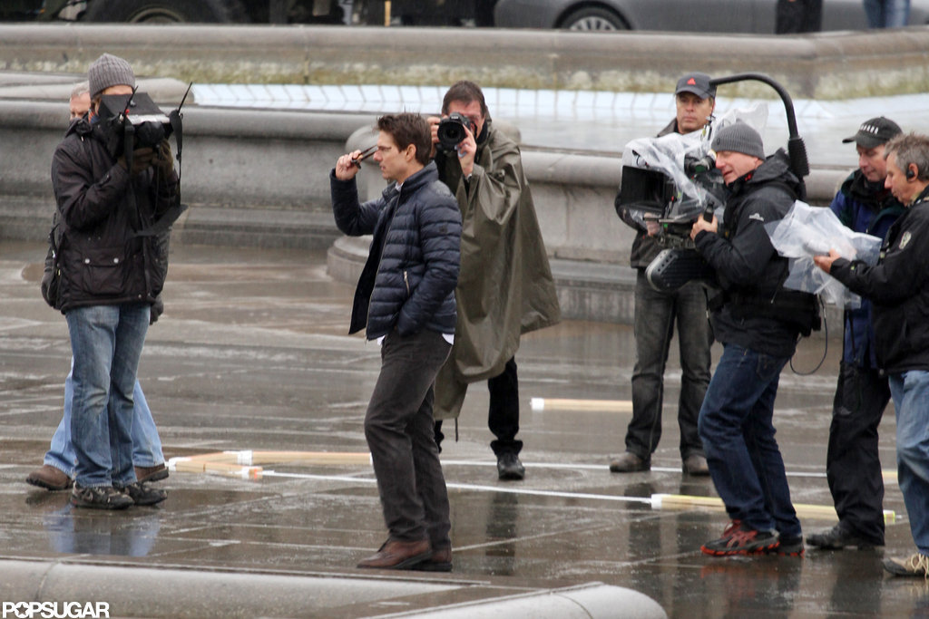 Tom Cruise wore a puffy jacket on set.