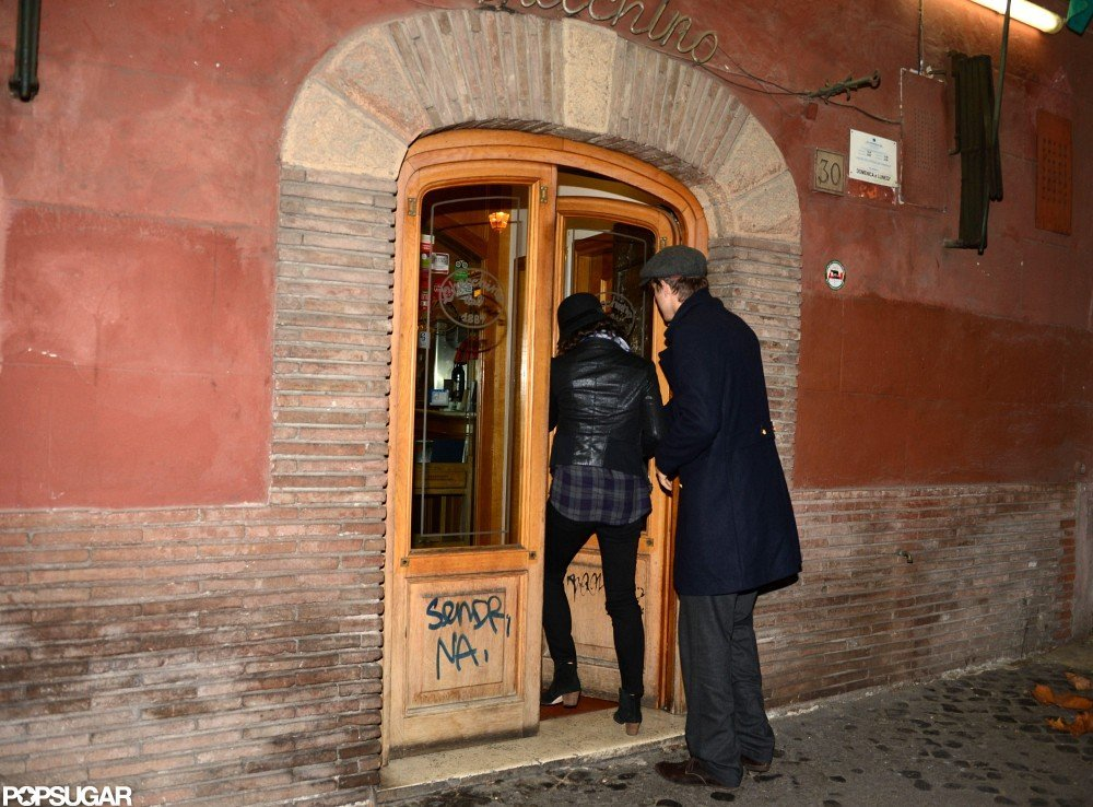 Ashton Kutcher and Mila Kunis went to a restaurant in Rome.