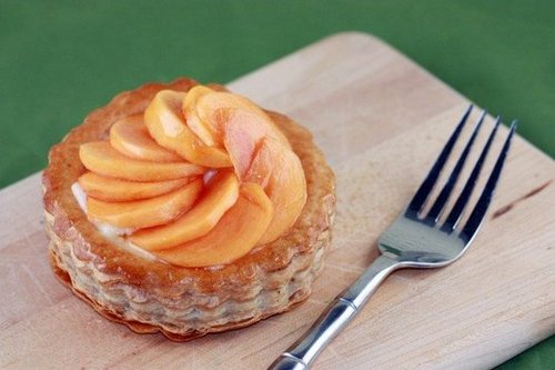 Persimmon Honey Ginger Tart