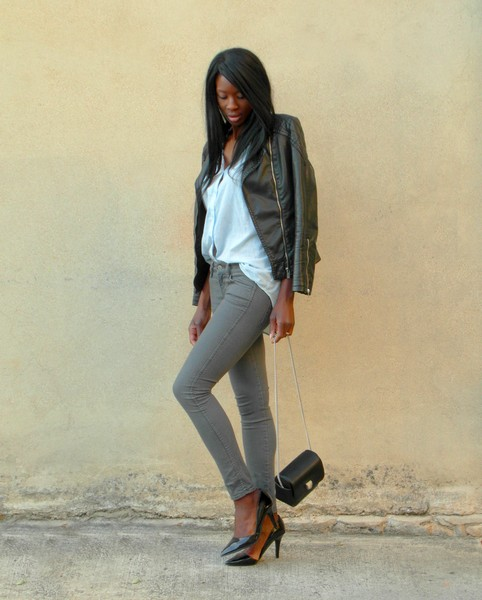 http://stylesbyassitan.blogspot.fr/2012/11/look-casual-chic-pour-petite-viree-avec.html