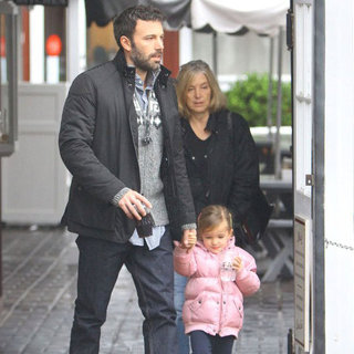 Ben Affleck Holds Hands With Seraphina in LA | Pictures