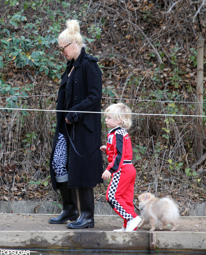 Gwen Stefani and Zuma walked the dog together in LA.