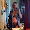Jessica Simpson Tweets Baby Bump Picture in Bikini