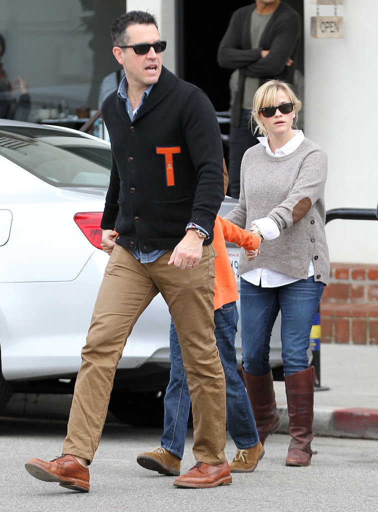Jim Toth and Reese Witherspoon took Ava Phillippe and Deacon Phillippe out to breakfast in LA.