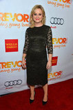 Amy Poehler did right by a lacy midi-length black dress and classic black heels.