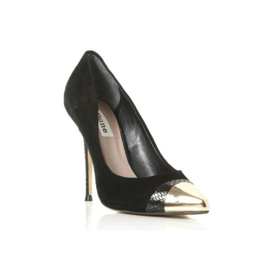 A Capped-Toe Pump