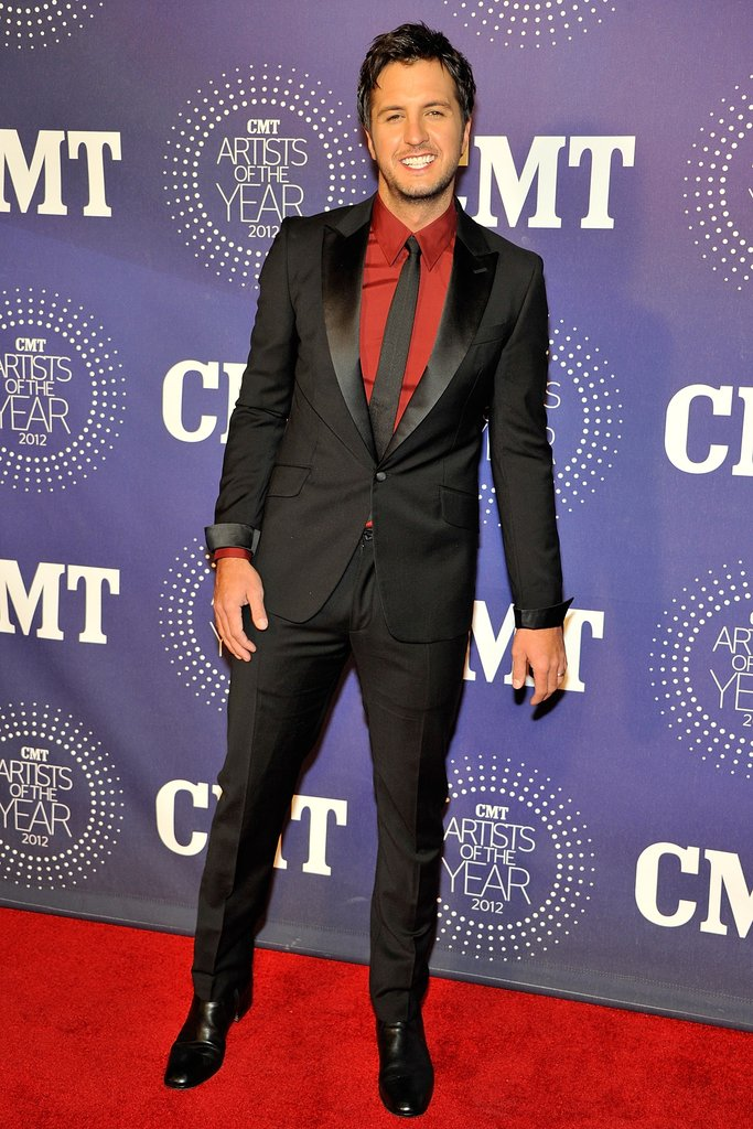 Luke Bryan wore a suit to the event.