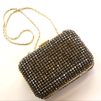 The Best Holiday Clutches (Video)