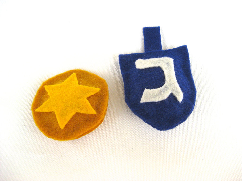 Dreidel and Gelt Cat Toys