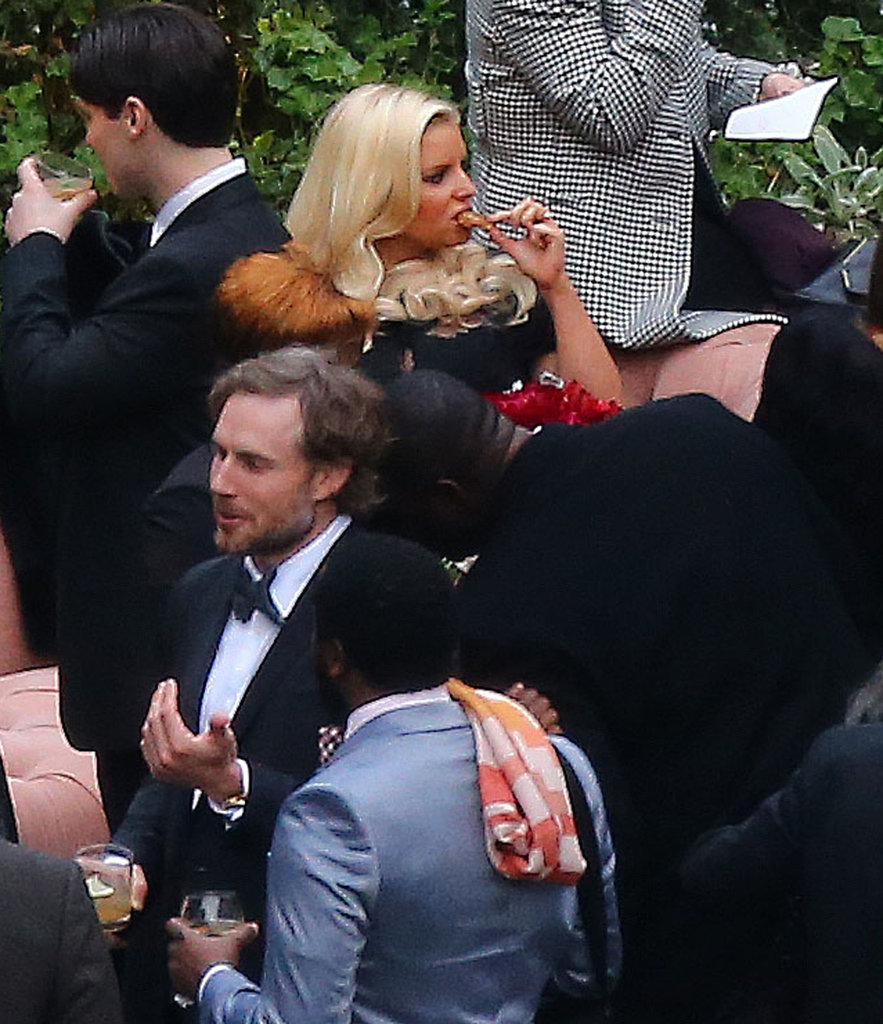 Jessica Simpson had a snack at CaCee Cobb and Donald Faison's wedding.