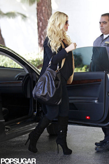 Reportedly pregnant Jessica Simpson went shopping with a friend in Beverly Hills.