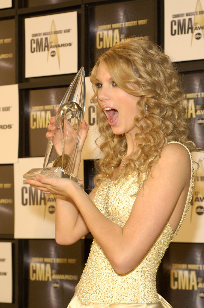 Taylor Swift celebrated her Country Music Award win in November 2007.