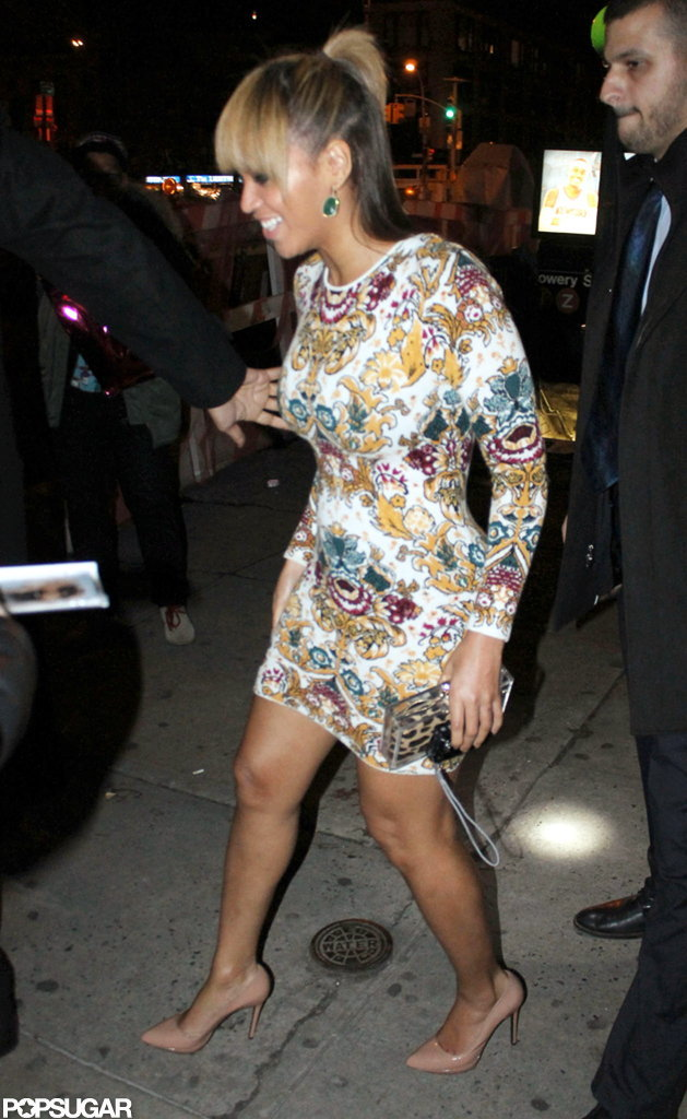 Beyoncé Knowles wore a short dress in NYC.
