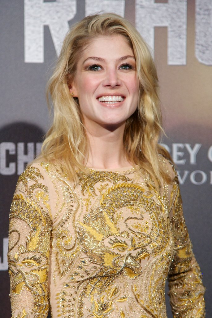 Rosamund Pike smiled in Madrid.