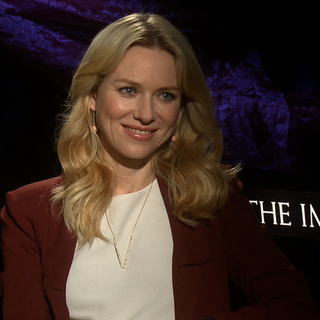 Video: Naomi Watts Interview About The Impossible & Awards