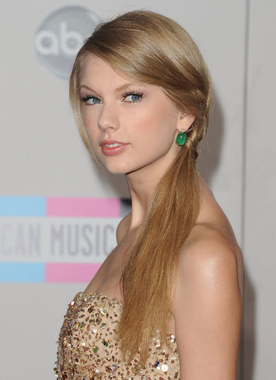 November 2011: American Music Awards