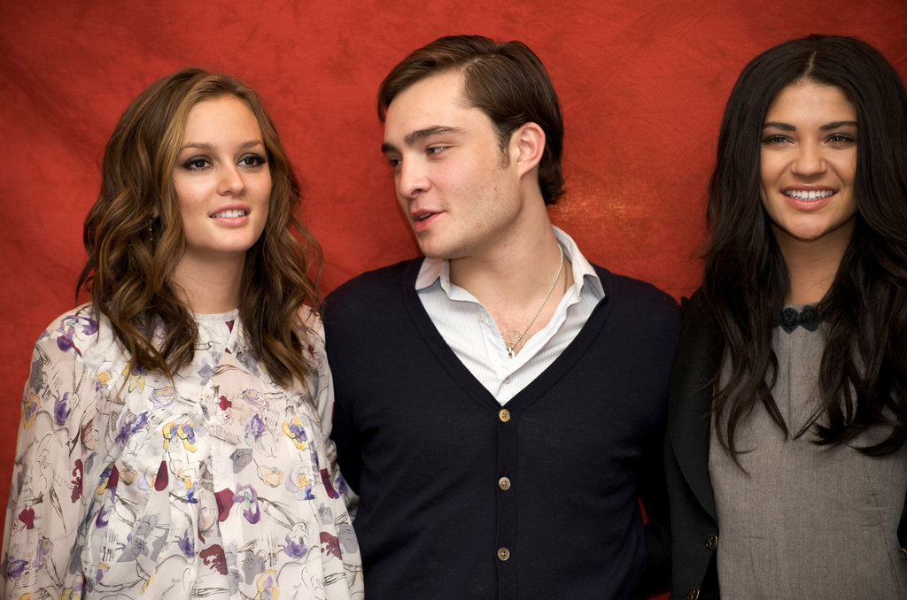 Leighton Meester, Ed Westwick and Jessica Szohr posed for photos at a Gossip Girl press conference held in NYC in October 2008.