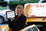Blake Lively hopped into a taxi in Manhattan while shooting a scene in October 2011.