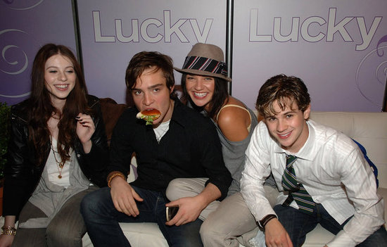 Connor Paolo, Michelle Trachtenberg, Jessica Szohr and a burger-eating Ed Westwick joked around at a Lucky party held in NYC in May 2008.