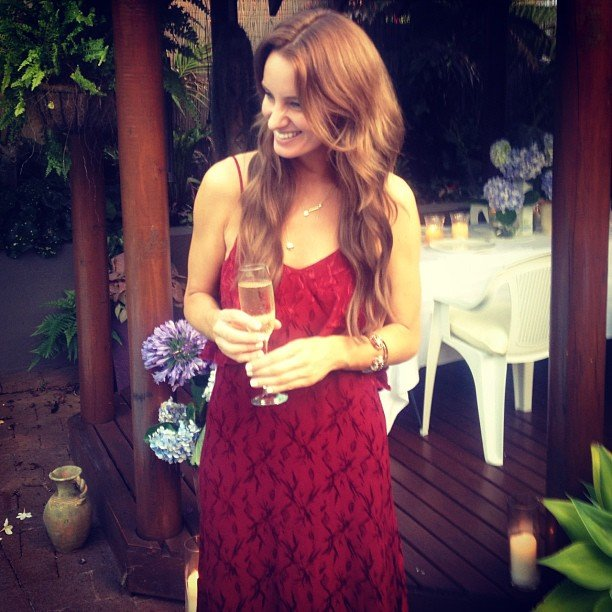 Samantha Wills looked stunning in a red dress as she celebrated Christmas at her family home in Port Macquarie. Source: Instagram user samanthawills