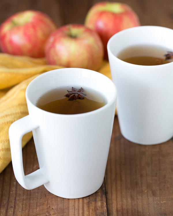 Rum-Spiked Spiced Apple Cider
