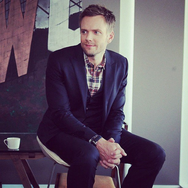 Joel McHale had us cracking up during a September lunch date.
